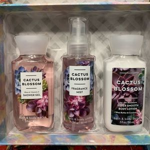 Cactus blossom set